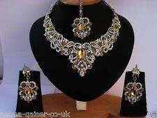 INDIAN DELICATE STYLE JEWELLERY SET BEIGE SILVER PLATED NEW - AQ/166