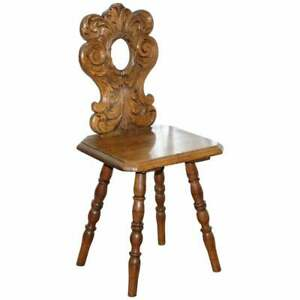 ITALIAN HAND CARVED OAK HALL CHAIR WITH ORNATE WOOD FLORAL CRESTING BACK REST
