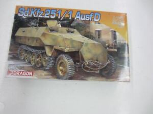 Dragon 7225 Sd.Kfz.251/1 Ausf. D 1:72 Scale Plastic Model Kit Started