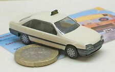 Herpa  4009: Opel Omega A Limousine,   Taxi