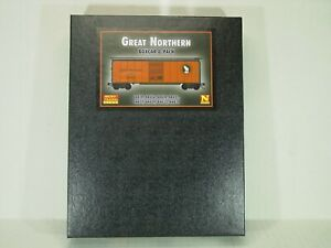 MICRO-TRAINS LINE N SCALE 40' BOX CAR 8/PACK GREAT NORTHERN 99300820