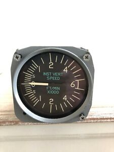CESSNA Vertical Speed Indicator  P/N 30260-1117 COME WITH WHITE TAG