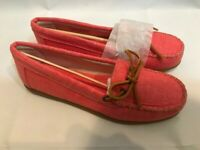 NEW Minnetonka Canvas Moccasin Coral Loafers, Size 7