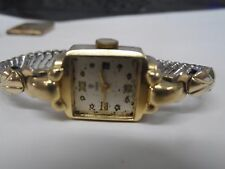 ladies 14k gold tudor vintage watch (working)