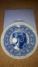 Wedgwood Boxed Plate Queen Elizabeth's 50th Anniversary of Coronation 2003