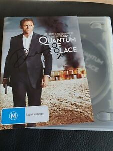 QUANTUM OF SOLACE 007 DVD MOVIE SIGNED BY DANIEL CRAIG.