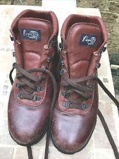 Vintage Rare VASQUE 7936 Leather And Gore-Tex Hiking Boots Women's Sz 10 M