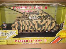 1/32 ULTIMATE SOLDIER WWII GERMAN PANZER IV AUSF. II COLD STEEL TANK ,2 SOLDIERS