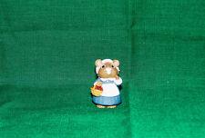 Hallmark Merry Miniature 1995 Pilgrim Girl Mouse with Cranberries Thanksgiving