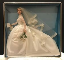 Grace Kelly The Bride Barbie Doll Gold Label Collection T7942 NRFB Silkstone
