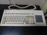 VINTAGE! KeyTronic Professional Series AT Keyboard -- KEY TRONIC Model KB 5153