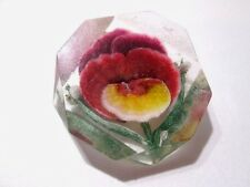 CARVED LUCITE PANSY FLOWER PIN OLDER 1950'S PINK GREEN ODD SHAPE EARLY PLASTIC