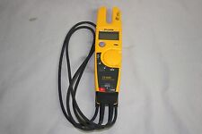 FLUKE T5-600 VOLTAGE, CONTINUITY AND CURRENT TESTER