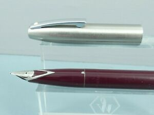 Vintage Sheaffer Imperial 440 Burgundy/Steel Fountain Pen,CT, M Steel Nib *MINT*