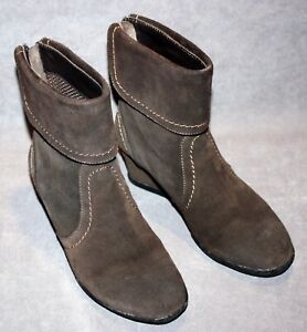 GEOX RESPIRA Women's Brown Suede Ankle Booties Size 7.5 -  Amelia St. J