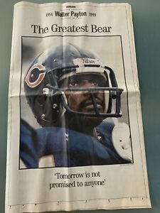 Chicago Bears Walter Payton Newspaper Special 1954 - 1999