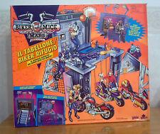 BIKER MICE IL RIFUGIO PLAYSET-GALOOB1993/94 - Più replica 4 personaggi vedi foto