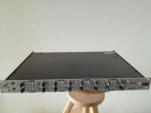 FOCUSRITE Octopre Platinum Dynamics 8 channel mic preamplifier & compressors