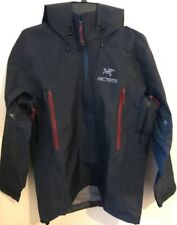 New Arc'teryx Men's Theta AR Gore-Tex Pro Jacket. Small. Admiral (retail $625)