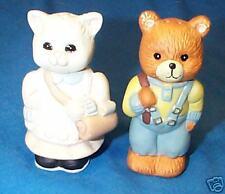 CUTE School DRESSED CAT & BEAR kid Salt &Pepper Shakers