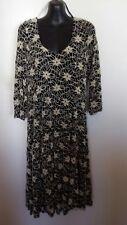 Dress size XXL black and stone daisy lace winter dress BNWT RRP 49.95