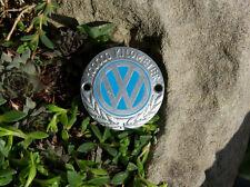 VERY NICE VINTAGE ENAMEL AUTOMOBILE CAR BADGE # VW VOLKSWAGEN 100.000 KILOMETERS