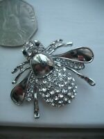 Beautiful Vintage Style HONEY BEE Bumble Insect  SILVER PLATE CRYSTAL SET BROOCH