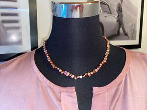 1 Kette kleine rosa Perlen
