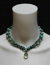 TRIPLE-STAND ROUGH-CUT TURQUOISE BEAD CHOKER WITH GLASS DROP