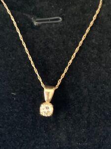 "Diamond pendant and chain 10k .25 ctw diamond and 18"" chain  vintage EUC"