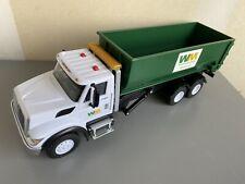 First Gear Waste Management Mack Truck Plastic International Workstar