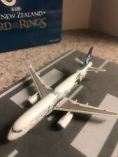 DW 1:400 scale diecast model Air New Zealand A320 Commercial airliner  ZK-OJA