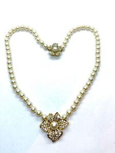 Stunning Vintage Attwood & Sawyer Simulated Pearl & Rhinestone Flower Necklace