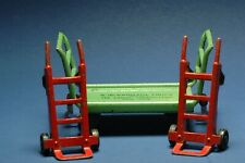Lionel Baggage Truck 161 and 157-2 Hand Carts, Prewar