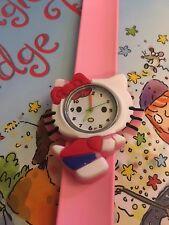 Qualità Hello Kitty bimbi Orologio da Polso Cinturino facile Regalo Ragazze Rosa Chiaro lato a suon