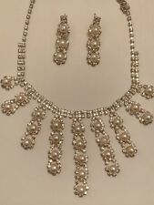 Women White Peral Necklace Set Brand New