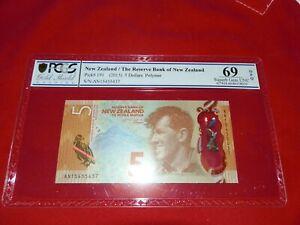 EXCEPTIONAL PCGS SUPER GEM 69 N.Z. 2015 $5 note.