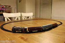 CLASSIC 2,85 M TOY TRAIN SET BINARI A BATTERIA CARROZZE Light & Sound ty834