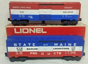 LIONEL 6-9709 STATE OF MAIN BOX CAR   LIONEL 9301 US MAIL POST OFFICE CAR