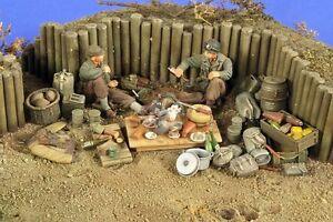 "Verlinden 1/35 ""Camping Grounds"" US Infantry Resting Break WWII (2 Figures) 2779"