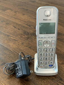 Panasonic KX-TGEA40S Cordless Handset Phone W/PNLC1050YA Charger + Inc Batteries