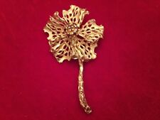 Vintage Gorgeous 14K Yellow Gold Flower Style Ruby Red Pin/Brooch - Must See