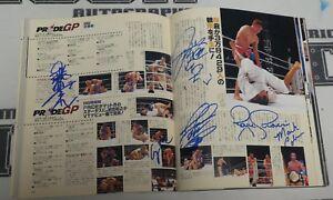 Kazushi Sakuraba & Fedor Emelianenko +32 Signed Pride FC 25 Magazine PSA/DNA UFC