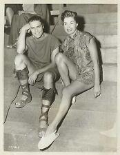 """ESTHER WILLIAMS visit MARLON BRANDO in """"Julius Caesar"""" 1953 BEHIND SCENES"""
