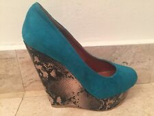 NEW TURQUOISE SUEDE WEDGES WITH SNAKESKIN PRINT SZ 6