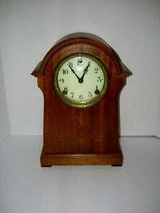 VINTAGE SESSIONS MANTLE CLOCK KEY WOUND