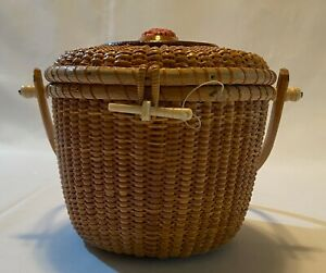 Vintage Woven Nantucket Basket Purse with Flower Carving, Rare