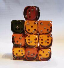 Konvolut alte Würfel rot orange Bernstein farben 10 Stück