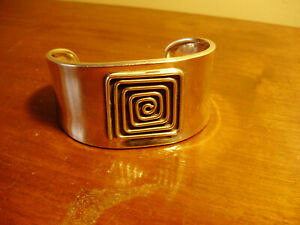 Vintage wide stunning sterling silver geometric cuff bracelet Mexico