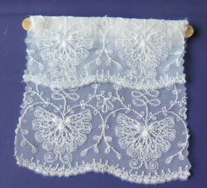 EMBROIDERED WHITE LACE BLINDS  - 1:12TH SCALE DOLLS HOUSE